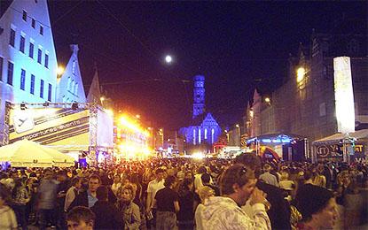 Party auf der Maximilianstraße Foto: Archiv