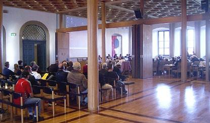 Von Kurt Gribl von einem Beratungsgremium in ein Abstimmungsgremium umgebaut: der Augsburger Stadtrat (Archivbild)