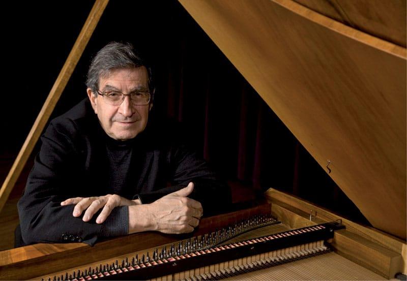 Experte am Hammerklavier: Malcolm Bilson und Zvi Meniker spielen Mozarts Doppelkonzert für zwei Klaviere auf Hammerflügeln.