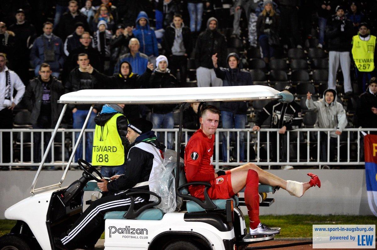 Callsen-Bracker unmittelbar nach seiner schweren Verletzung in Belgrad