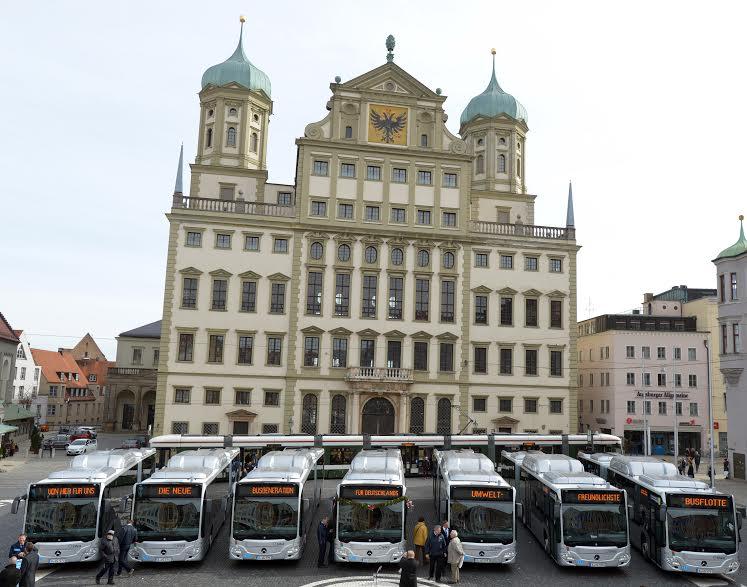 Rückruf wegen Problemen an den Türen: Die neuen Mercedesbusse