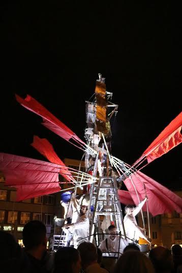 """Die """"Arche"""" auf dem Rathausplatz bekommt am Ende sogar Flügel"""