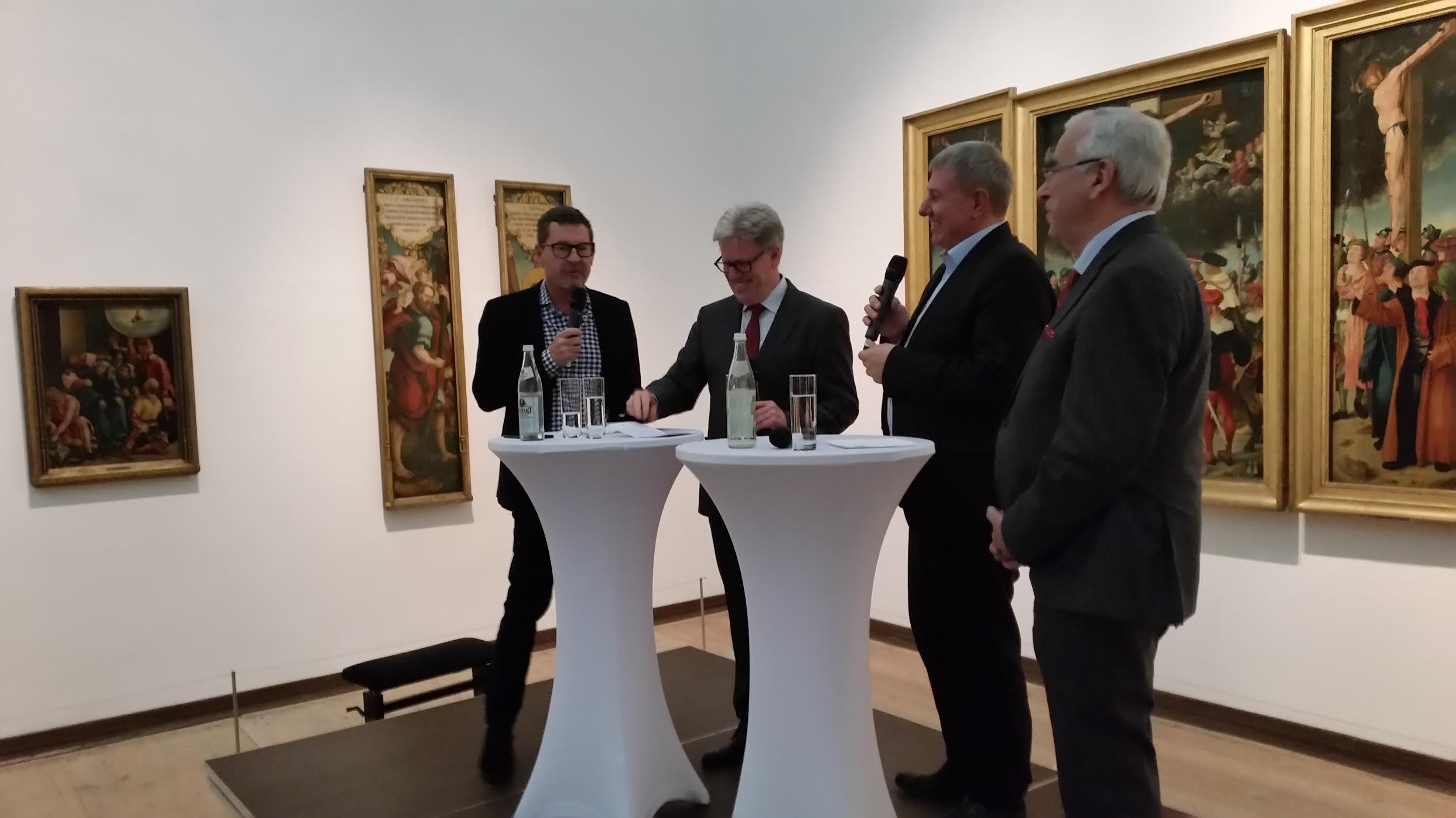 Amüsante Plauderstunde: Kai Diekmann, Gerd Horseling, Daniel Biskup, Theo Waigel (v.l).