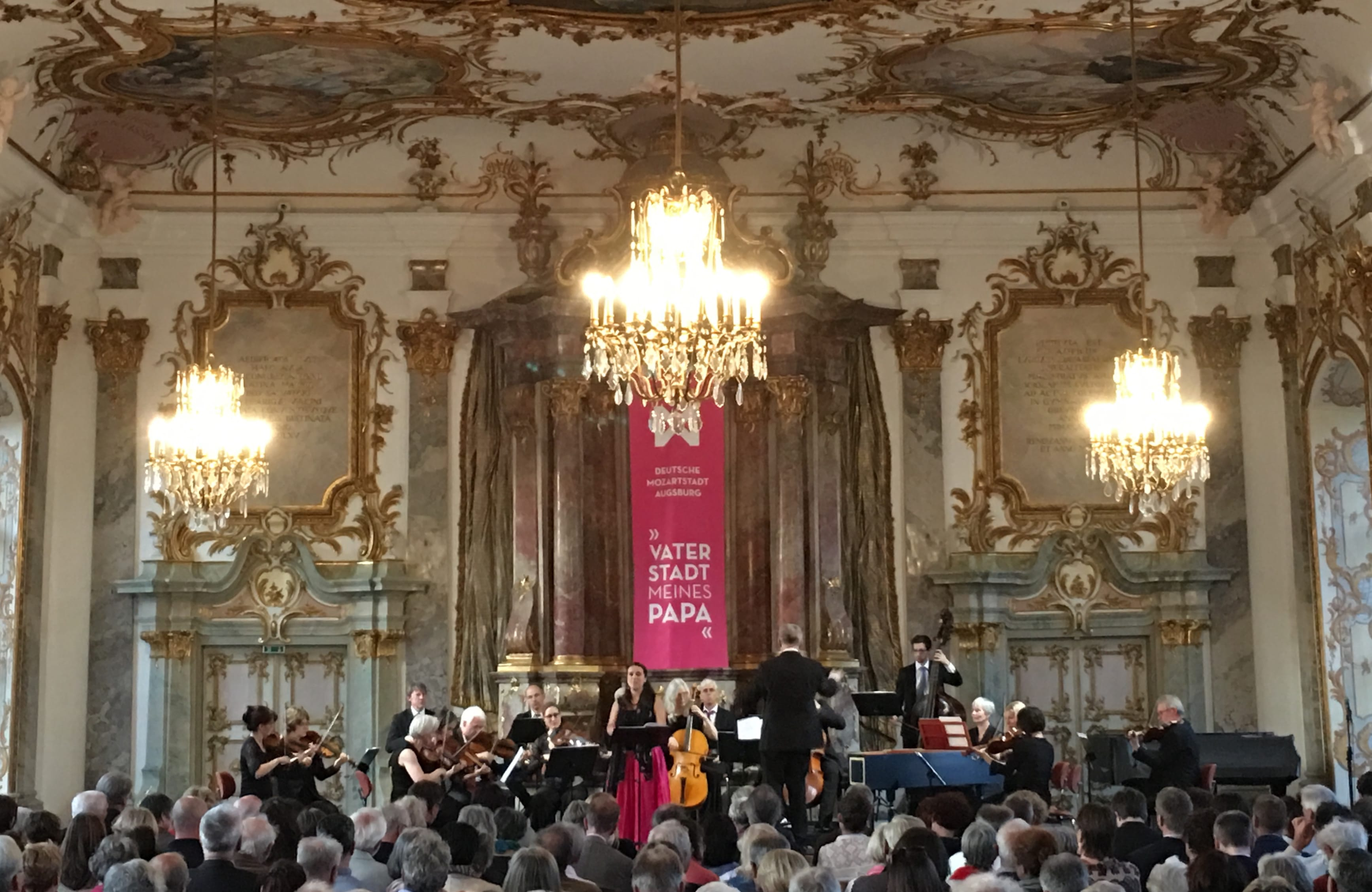 Mozartfest im Kleinen Goldenen Saal: La Stagione Frankfurt unter Michael Schneider, mit Nuria Rial (Soproan). Foto (c) DAZ