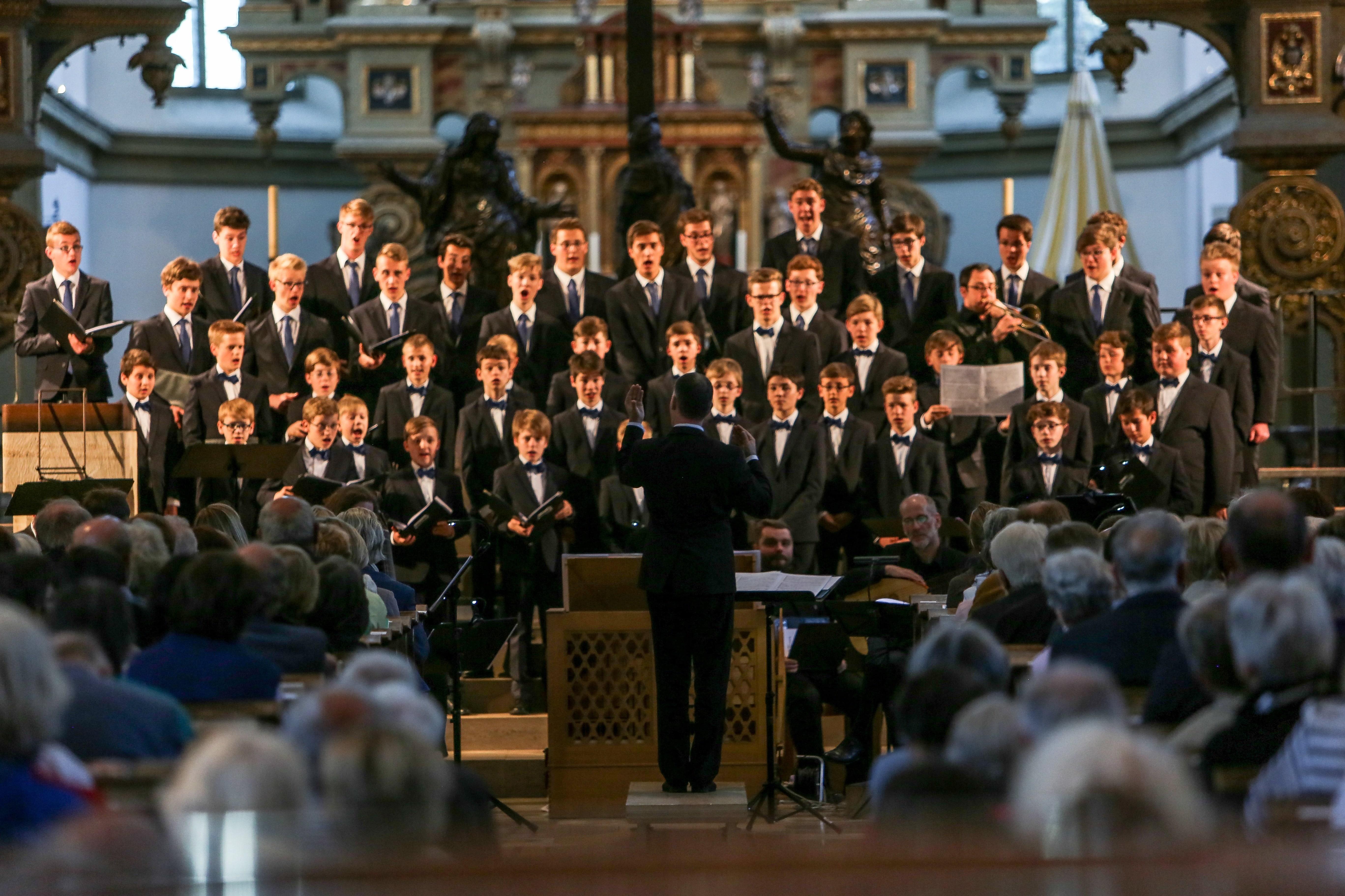 Mozartfest: Windsbacher Knabenchor unter der Leitung von Martin Lehmann. Foto (c) Christian Menkel