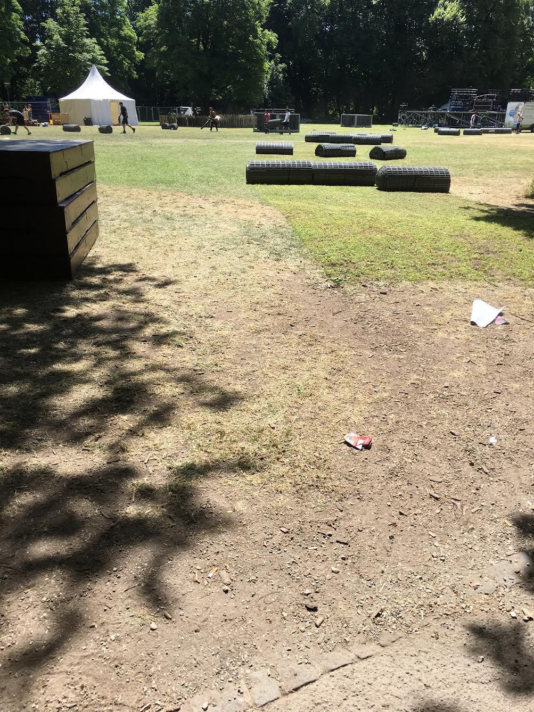 Nach dem Festival ist vor dem Festival: Aufräumarbeiten im Wittelsbacher Park