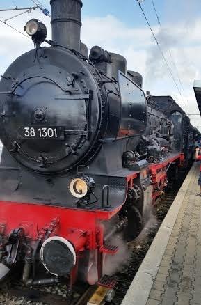 Historische Dampflokomotive des Bahnparks am 24. Juli 2016 (c) DAZ