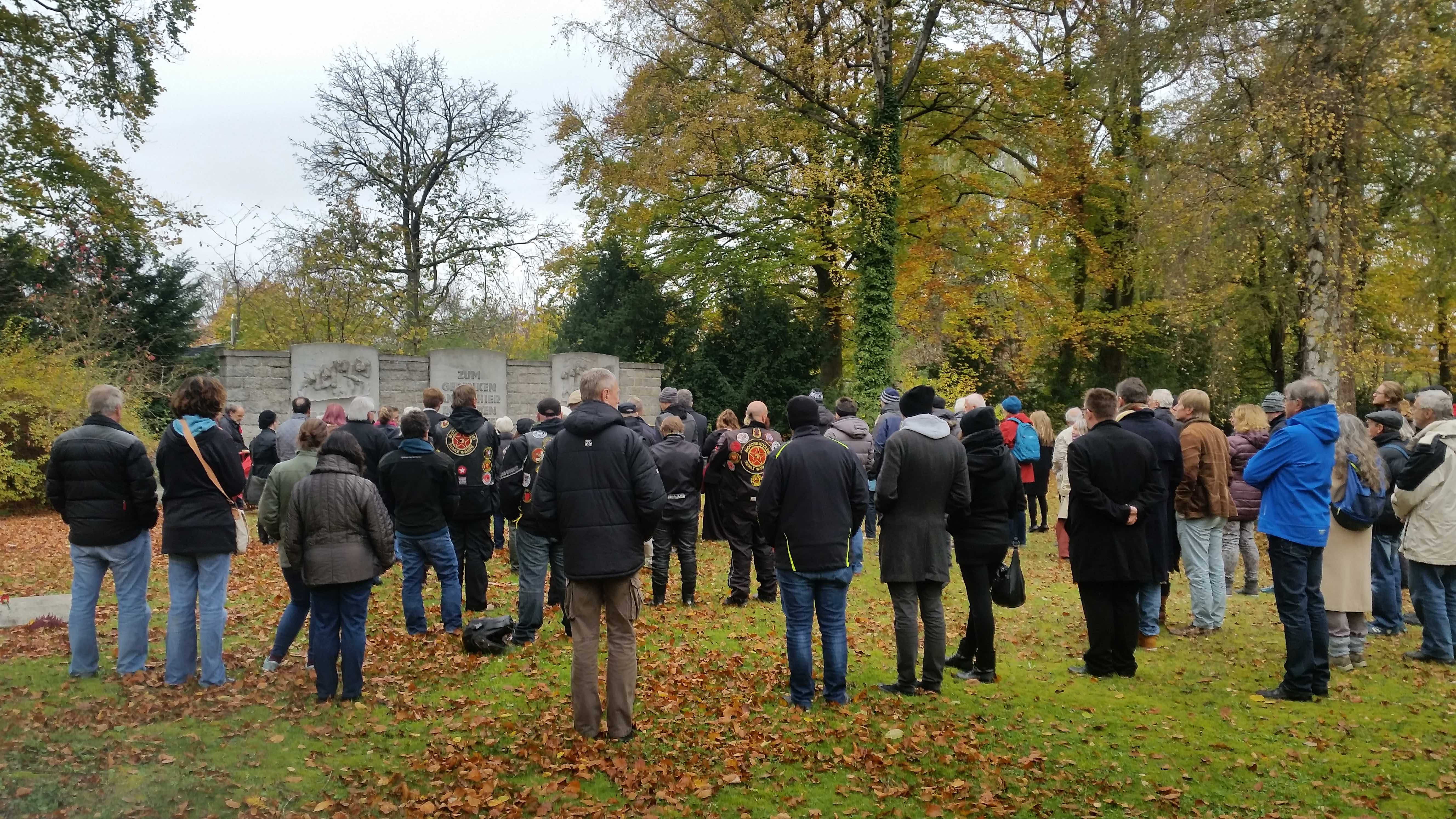 Gedenken an die Opfer des Naziregimes auf dem Augsburger Westfriedhof (c) DAZ