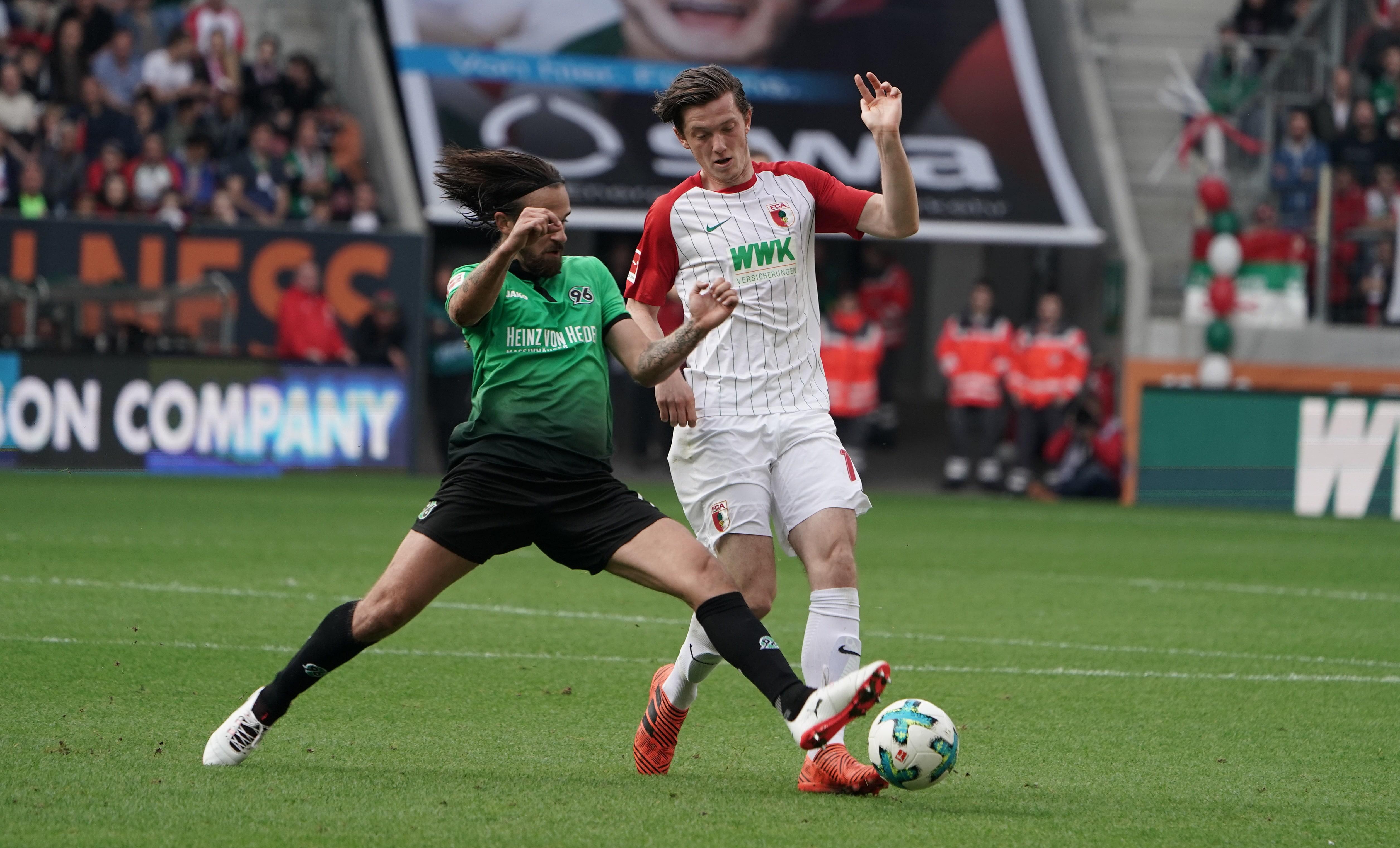 FCA-Stürmer Michael Gregoritsch erzielte in Hannover mit einem Doppelpack sein 10.und 11. Saisontor